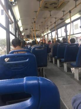 Ein vergleichsweiser leerer Bus!